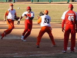 20100310002041-beisbol-vcsantiago.jpg