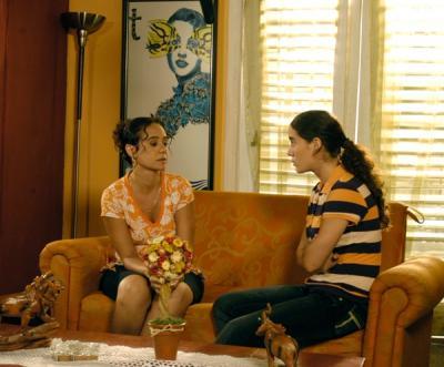20110902012323-telenovela-bajoelmismosol.jpg