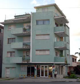 20111105124611-07-cuba-vivienda.jpg