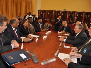 20111208114229-raul-castro-trinidadandtobago.jpg