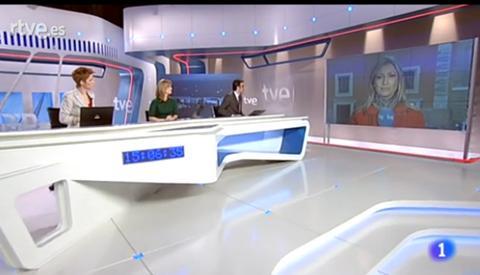 20120209022028-tve-decorado-telediario-2012.jpg