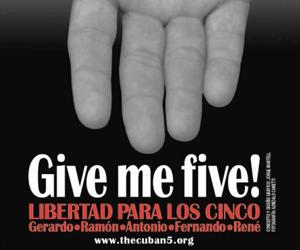 20120503141829-postales-cinco-heroes-211.jpg