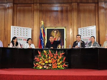 20120621024115-chavez-a-toda-vida-venezuela.jpg