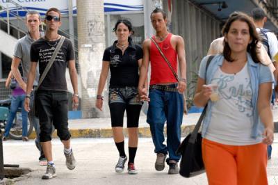 20120809073040-jovenes-cubanos.jpg