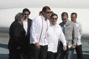 20121211023623-correa-viajecuba.jpg