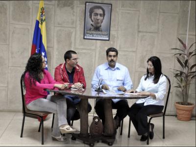 20121231025021-maduro-comunicado-salud-chavez.png