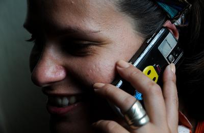 20130117134348-cuba-celular.jpg