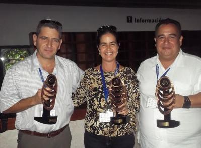 20141027135527-premiados-convencion-internacional-radio-2014-cuba.jpg