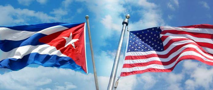20150701112140-0-banderas-cuba-usa.jpg
