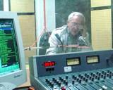 20080227003616-radio-cmhw.jpg
