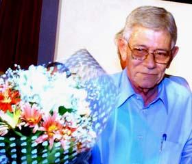 Adiós a Eduardo Dimas, respetado periodista de la radio y la TV cubanas