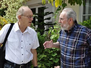 """Mensaje de Fidel: """"En una guerra nuclear el daño colateral sería la vida de la humanidad"""" (+ Video)"""