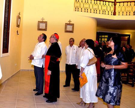 Trasmitió TV cubana inauguración de la  nueva sede para el Seminario de San Carlos y San Ambrosio.  Raúl Castro Ruz presidió la ceremonia (+Video)