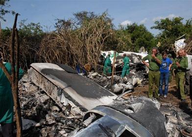 Encuentran las cajas negras y de voz del avión accidentado en Cuba (+ Video)