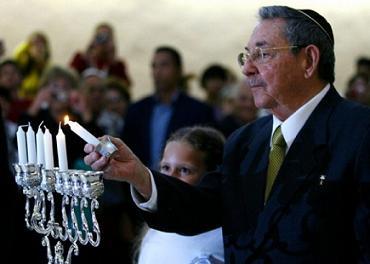 Asiste Raúl Castro a la fiesta de las luminarias de la comunidad hebrea de Cuba