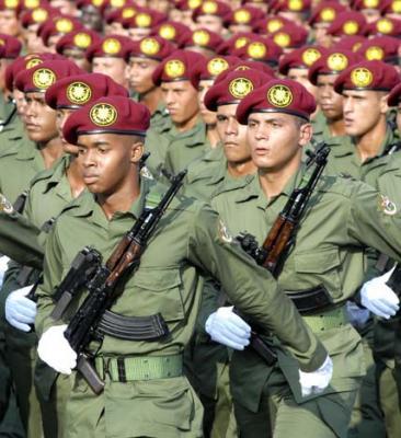¡Extraordinario!: Marcha popular y desfile militar en Cuba (+ Fotos)