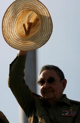 Más fotos del Desfile Militar y la Marcha Popular, en la Plaza de la Revolución de Cuba