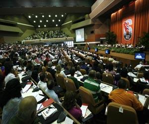 Sesionan Comisiones del VI Congreso