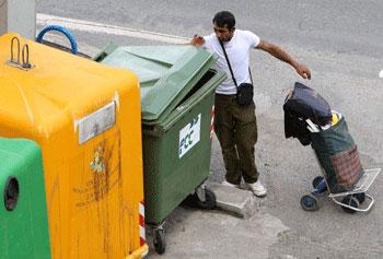 Cáritas denuncia que en España hay 1.400.000 hogares donde nadie trabaja