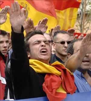 """España: decretan el 18 de julio """"Día de condena al régimen franquista"""" a pesar de oposición falangista"""