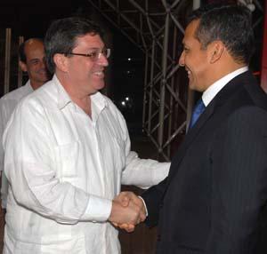 Vengo a visitar a un pueblo hermano, afirmó Ollanta Humala, Presidente electo de Perú, a su llegada a La Habana