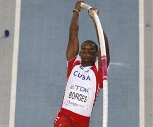 Pertiguista cubano Borges hace realidad un sueño en Mundial: medalla de Plata