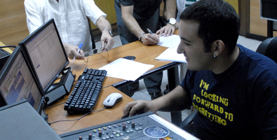 20110922140503-10-joven-radio.jpg