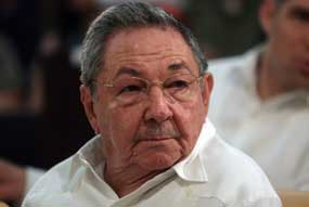 Felicita Raúl Castro a Daniel Ortega por victoria electoral