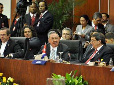 Raúl Castro:En la unidad en torno a la soberanía, el desarrollo y la equidad estará nuestra fuerza (+Video)