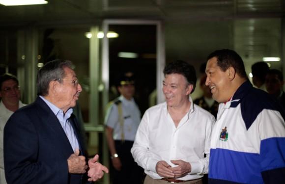 Sostienen encuentro Raúl, Chávez y Santos en La Habana (+ Video)