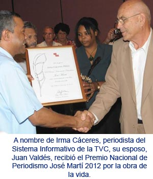 20120310110831-premios-periodismo01.jpg