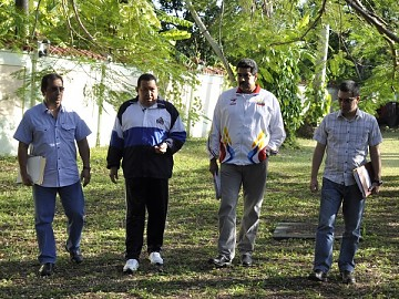 20120424070211-00-0012chavez-en-la-habana-hoy.jpg