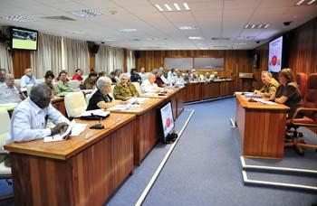 #Cuba: Presidió Raúl Castro reuniones ampliadas del Consejo de Defensa Nacional y del Consejo de Ministros