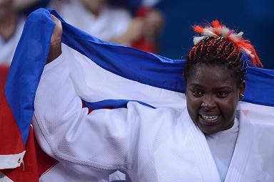 20120803184713-cubana-idalys-ortiz-celebra.jpg