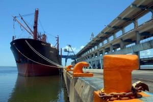 20121018143635-buques-300x201.jpg