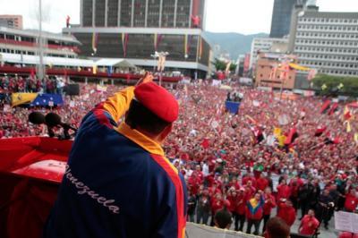 20121128001356--chavezcandanga.jpeg