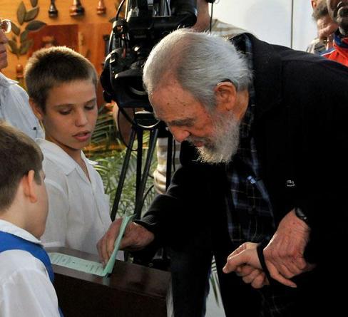 #CubaElige Ejerció Fidel Castro su derecho al voto #Cuba