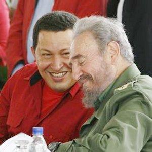 Expresa Fidel Castro satisfacción por regreso de Chávez a Venezuela