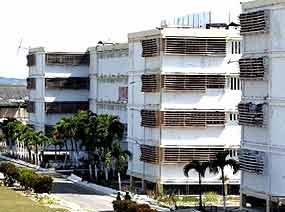 Periodistas nacionales y extranjeros recorren centros penitenciarios de #Cuba