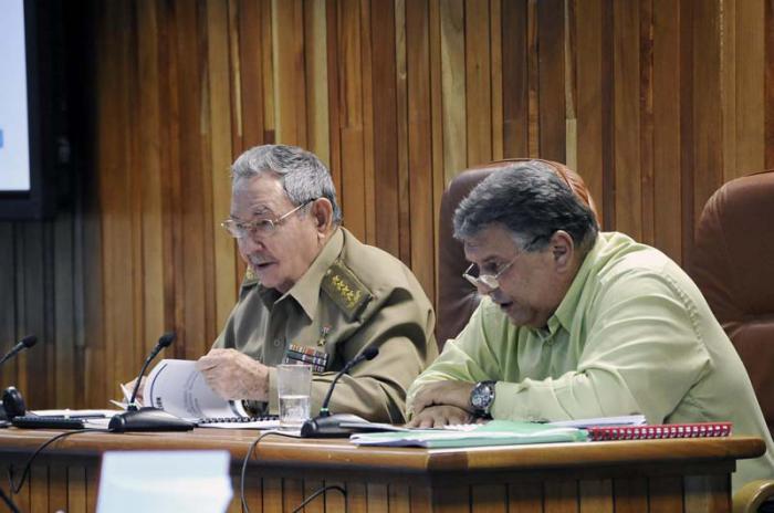 #Cuba En el Consejo de Ministros: Temas vitales para la actualización de la sociedad y la economía