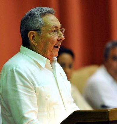 #Cuba Raúl Castro: Se impone el espíritu de luchar con firmeza y optimismo