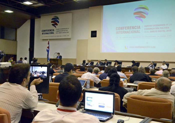 #TICHabana 2015 •Reclaman en La Habana un concepto claro y descolonizador de Internet y las Tecnologías de la Información y las Comunicaciones