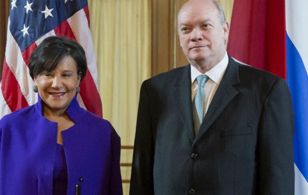 Se reunirá Rodrigo Malmierca este domingo con Penny Pritzker, secretaria de Comercio de EE.UU.