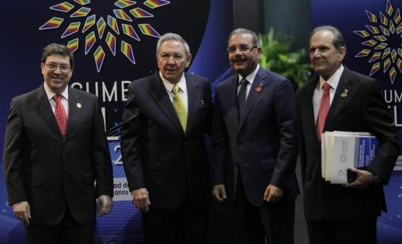 Raúl Castro y Ban Ki-moon, Secretario Geneneral de la ONU en el recibimiento a mandatarios de CELAC. Foto: Ismael Francisco/Cubadebate