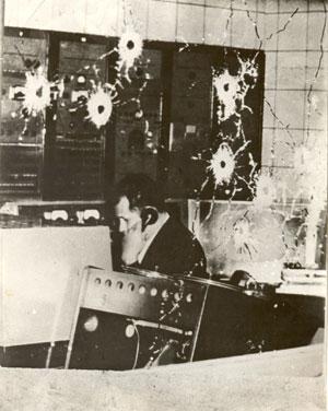 Cabina de Radio Reloj asaltada